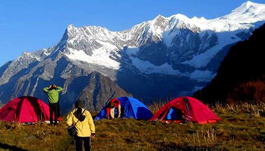 Namun La Pass Camping Trek